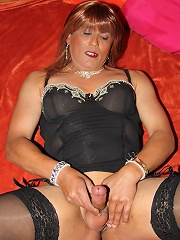 Uk Tranny Tan And In A Wig