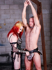 Transex Domina Mistress Tempest